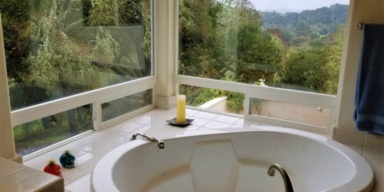 Santa Ana Soaking Tub