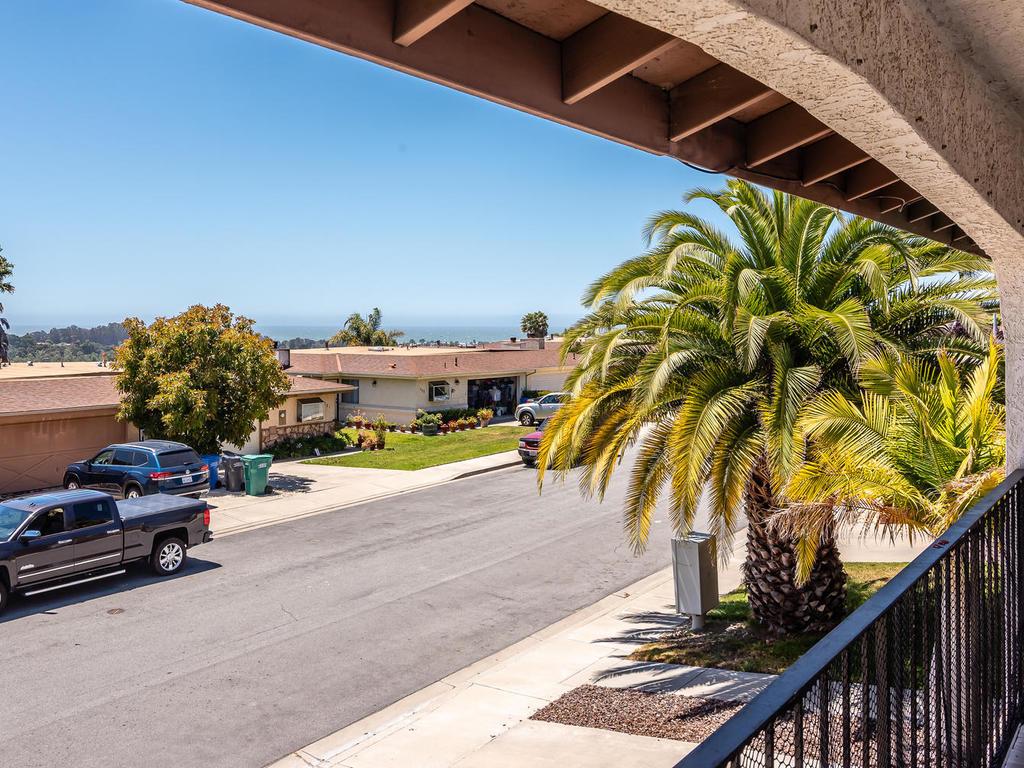 716 Vista Pacifica Cir – DESIRABLE PISMO BEACH LOCATION