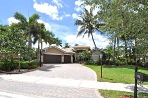 New Listing – 10282 N Lake Vista Circle, Davie FL 33328 | Long Lake Estates