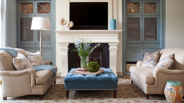 Lounge Room Ottomans To Glam Up