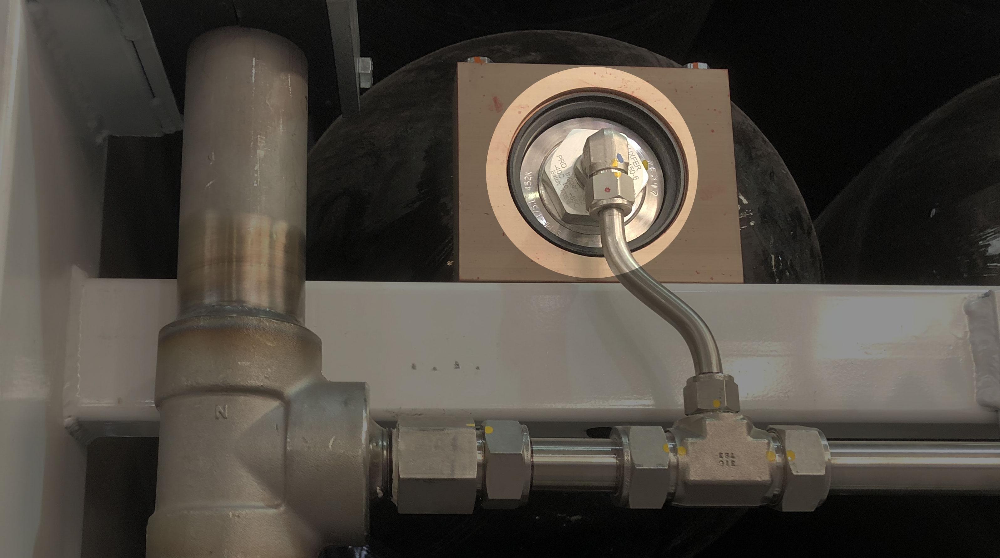 cg9-glass-bulb-highlight