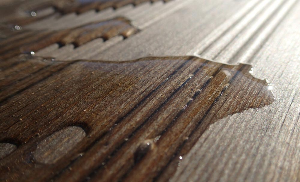 The Difference between Waterproof Flooring and Water Resistant Flooring