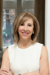 Nancy Taylor Bubes 2019