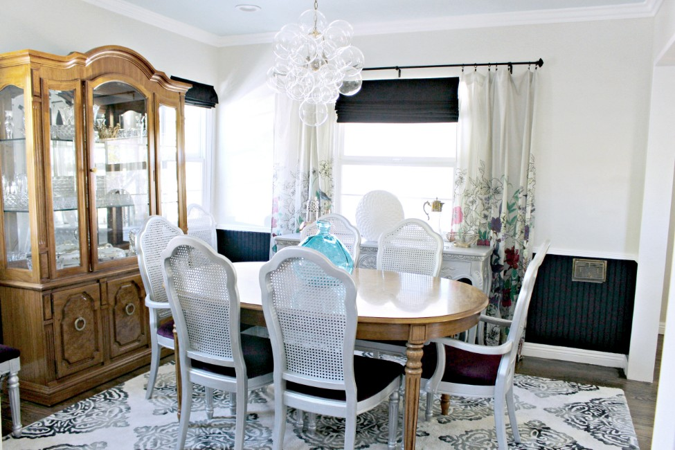 mercedes, turquoise, pasadena, interior design, hgtv, Marilynn Taylor, property sisters, painted ceiling, blue ceiling, colorful, black, art, purple, bubble chandelier