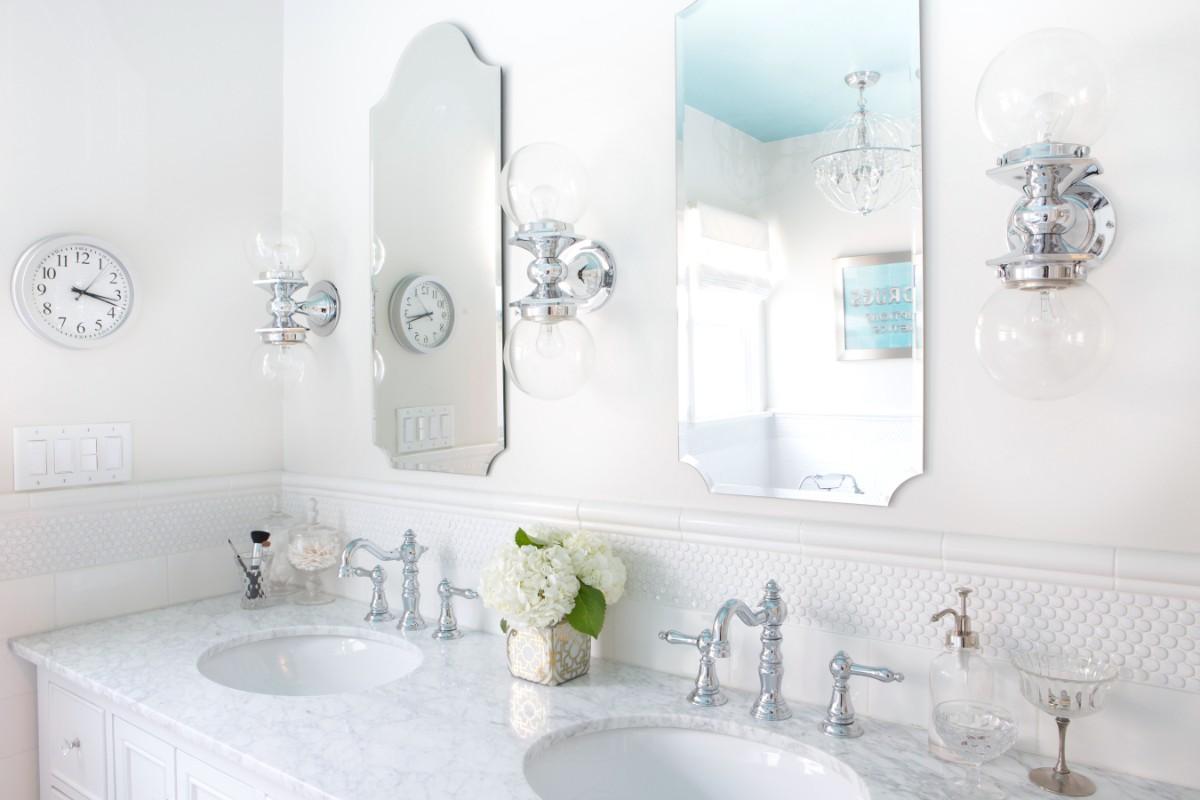 mercedes, turquoise, west elm, pasadena, 151 Mercedes, bathroom, white, vintage, tile, interior design, hgtv, Marilynn Taylor, property sisters