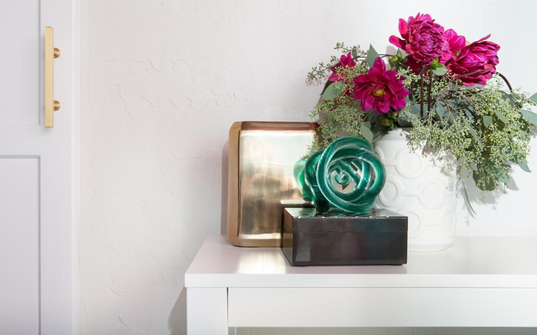 magenta, colorful, living room, den, turquoise, eclectic, color, interior design, Marilynn Taylor, Mercedes, pasadena