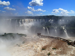 Niagara Falls is tiny compared to Iguazu
