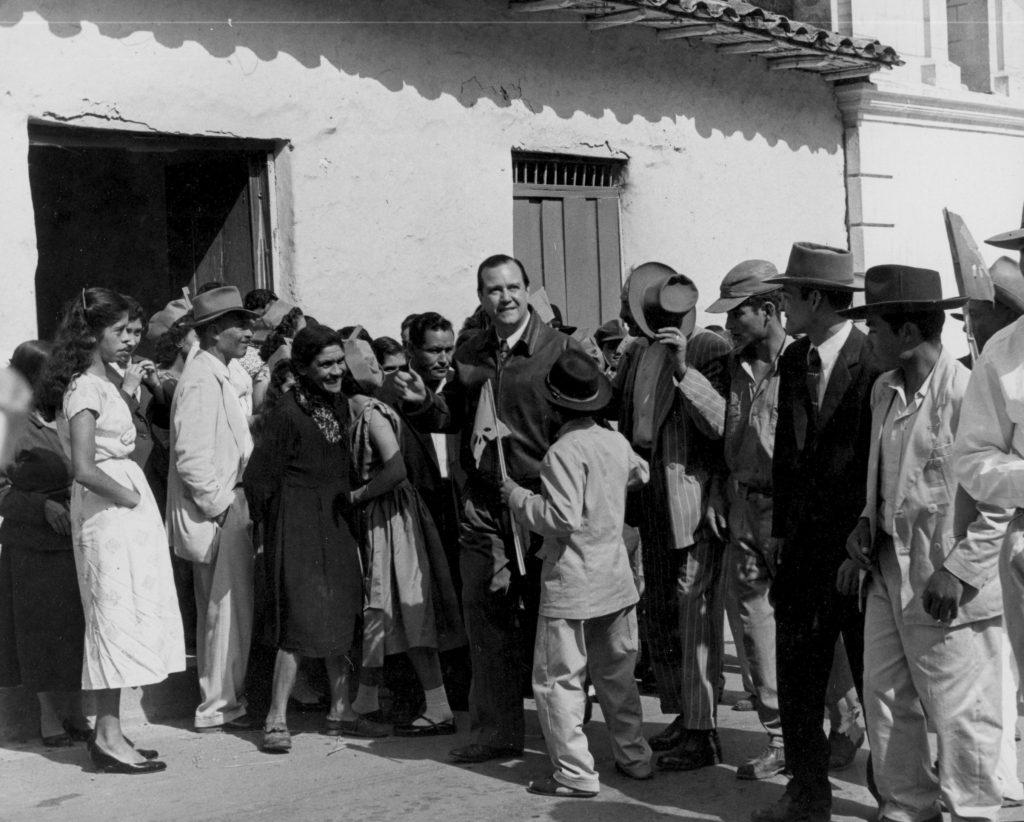 Rafael Caldera en San Rafael de Mucuchíes, 1958.