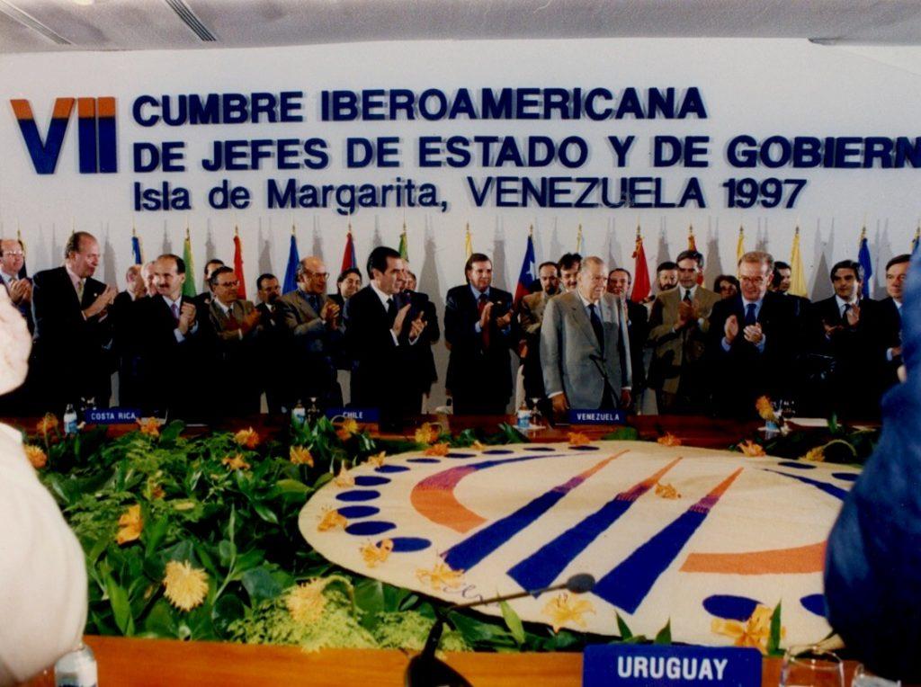 Rafael Caldera en la VII Cumbre Iberoamericana. Noviembre 1997.