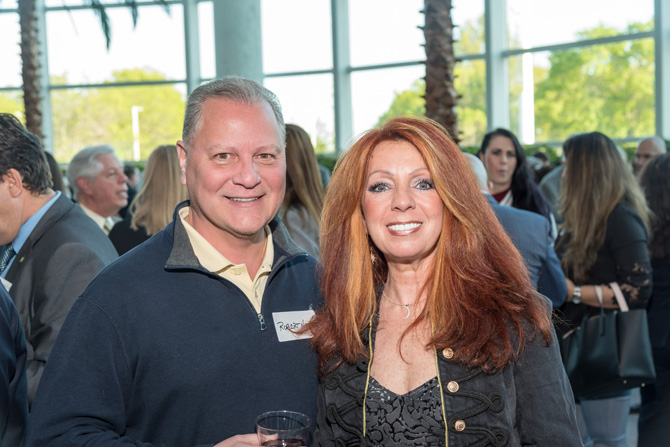 2 attendees at an event