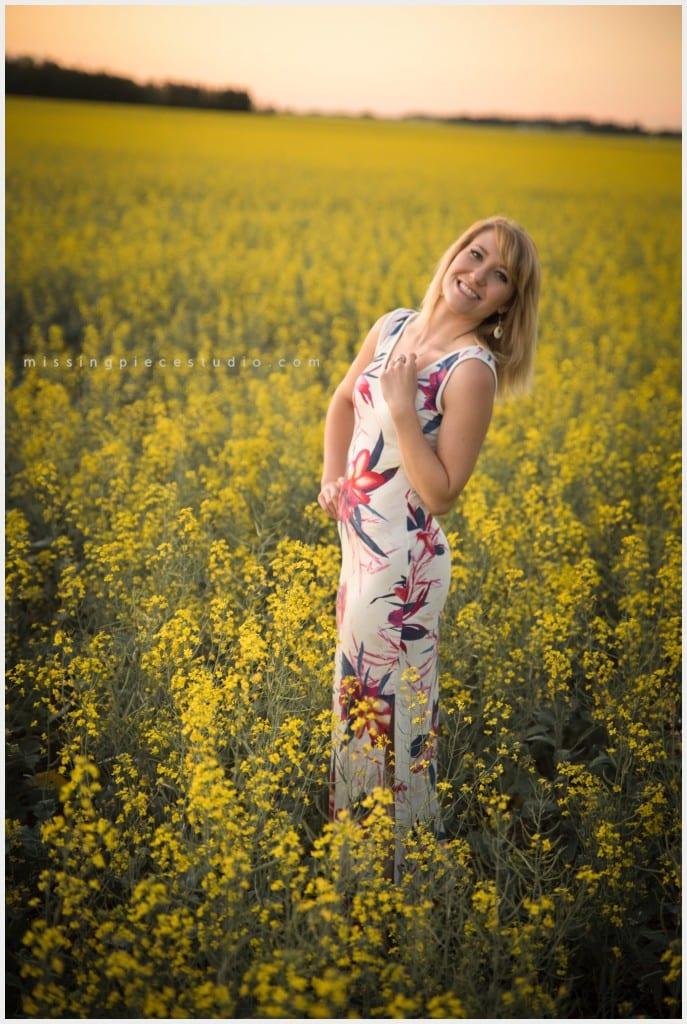 Canola-Field-Portrait-Photography-props-impromptu