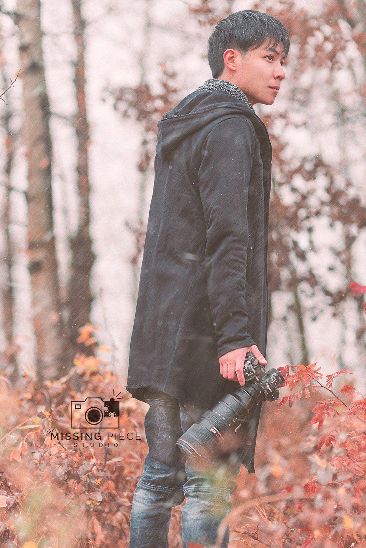 Edmonton-fall-couple-engagement-portrait-photographer-_0028