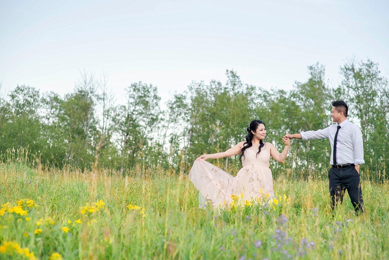 GS-elk-island-Edmonton-Engagement-Photography-_0021