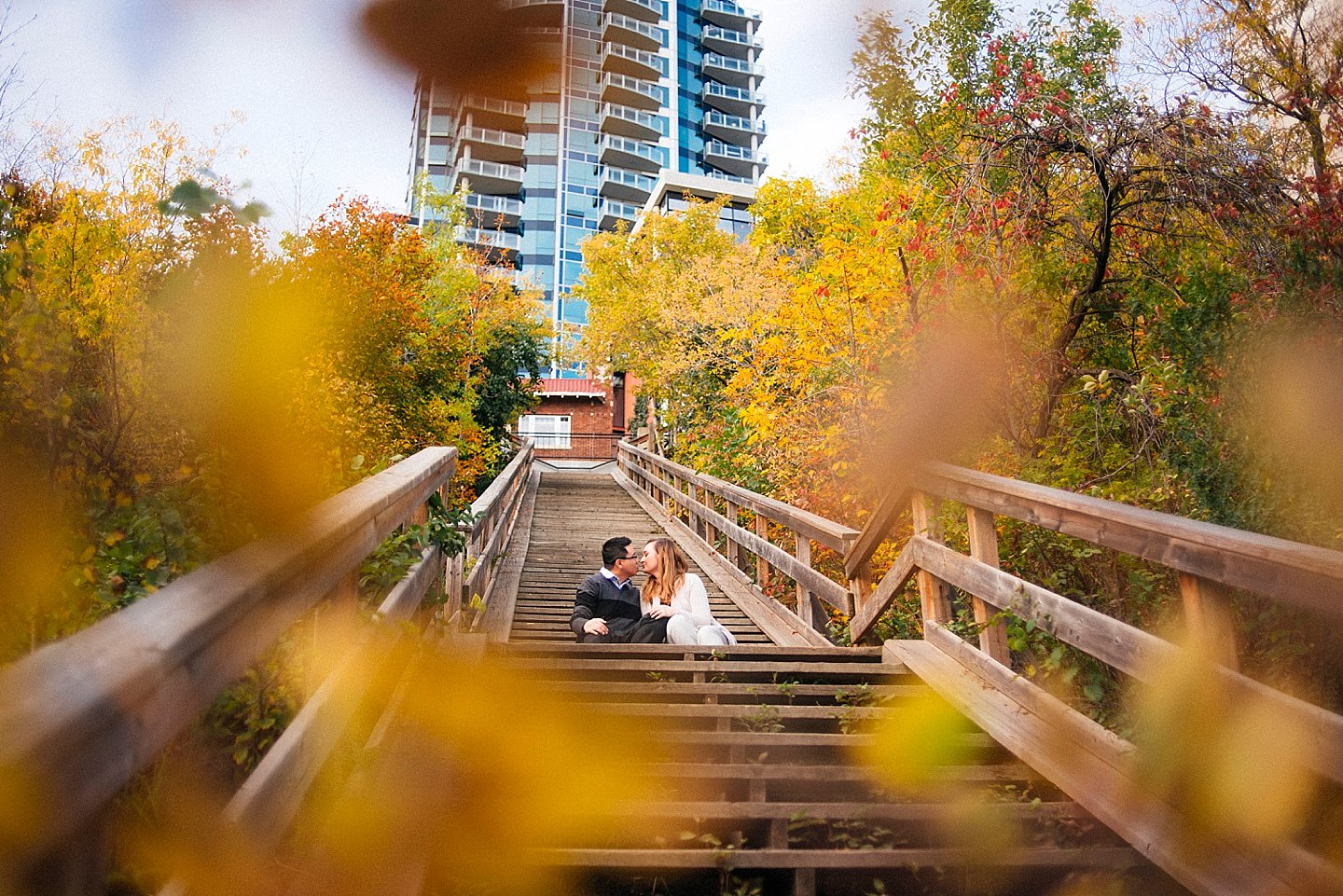 NK-edmonton-Engagement-portraits-river-valley_0002