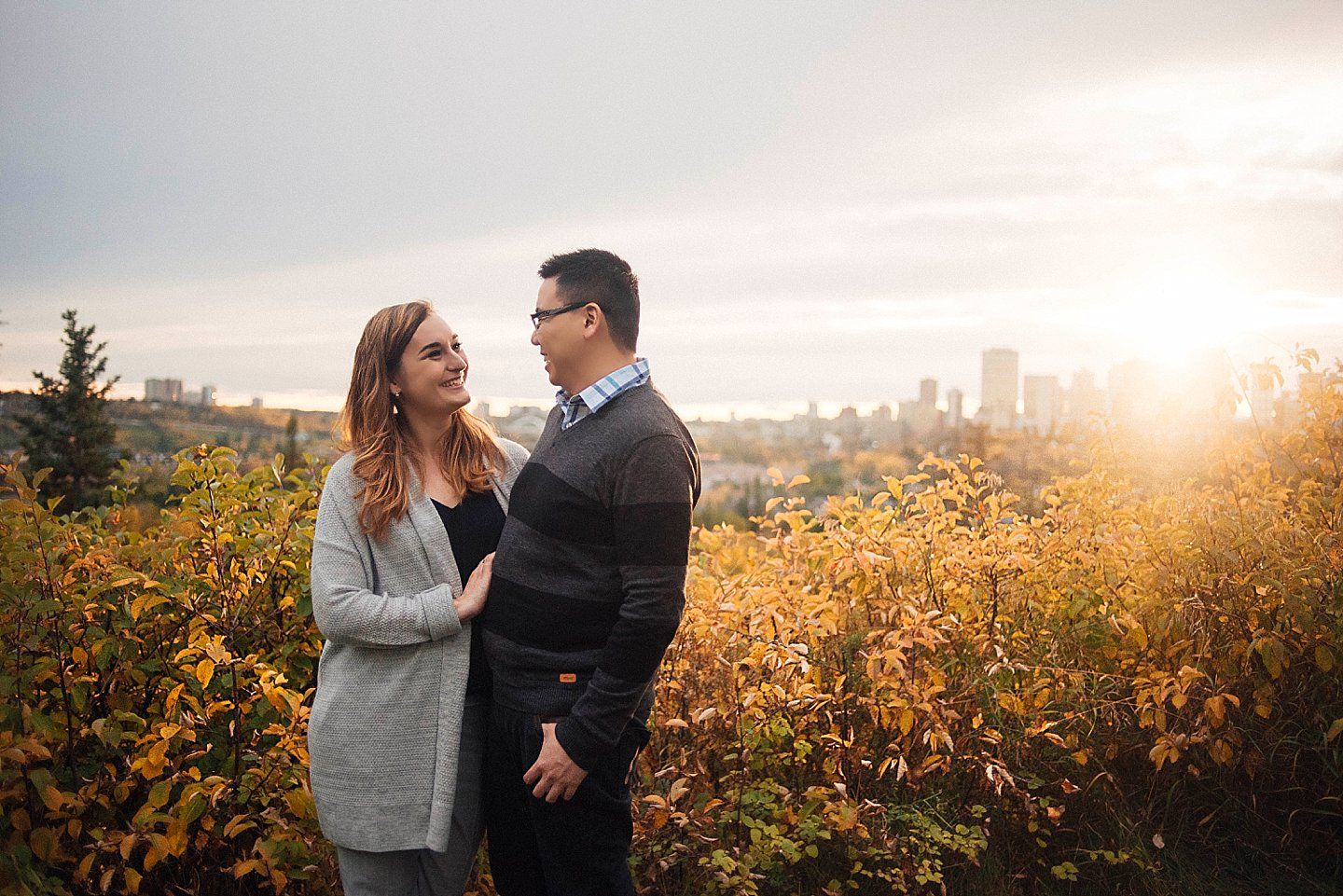 NK-edmonton-Engagement-portraits-river-valley_0006