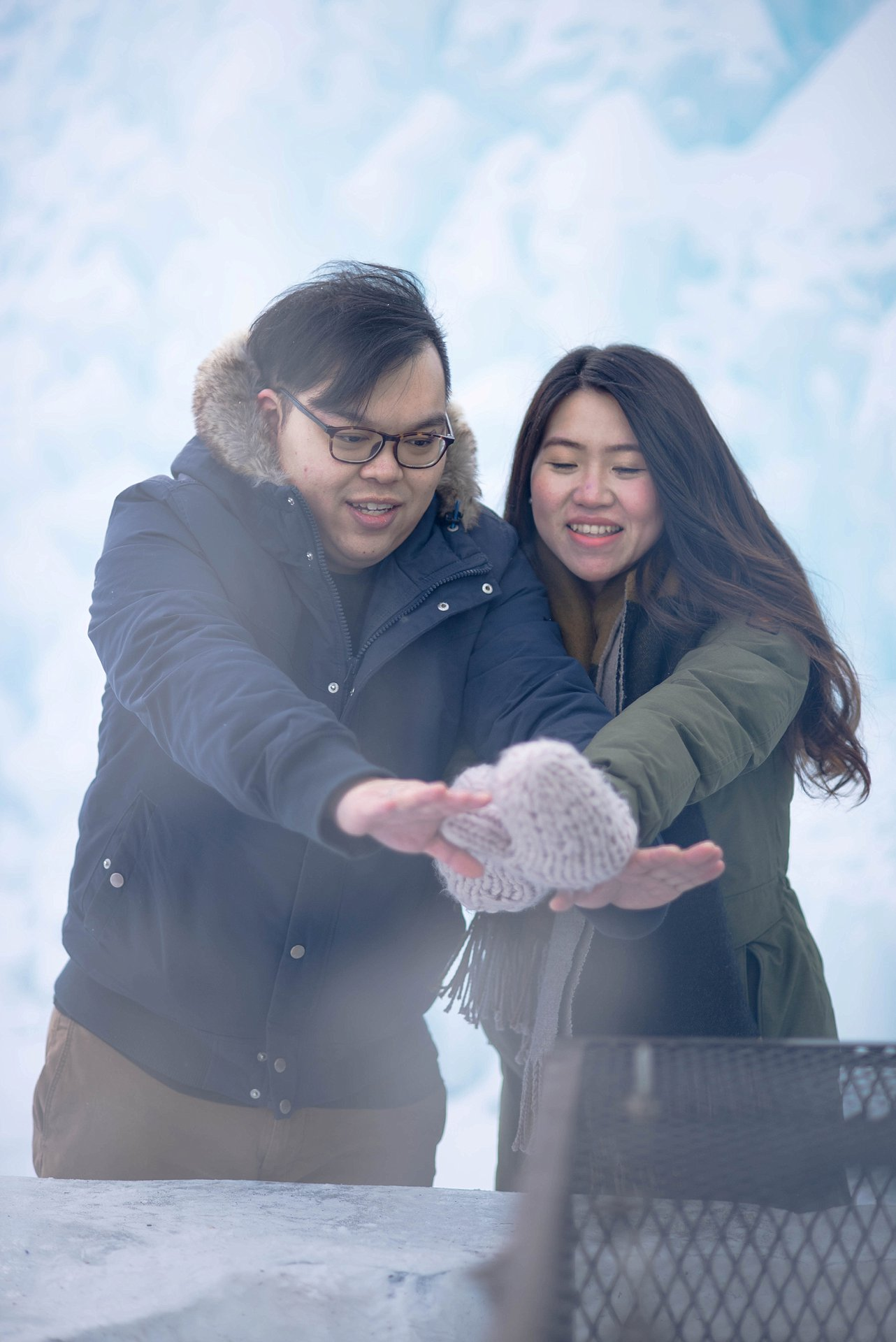 VJ-Ice-castles-engagement-photography_0001