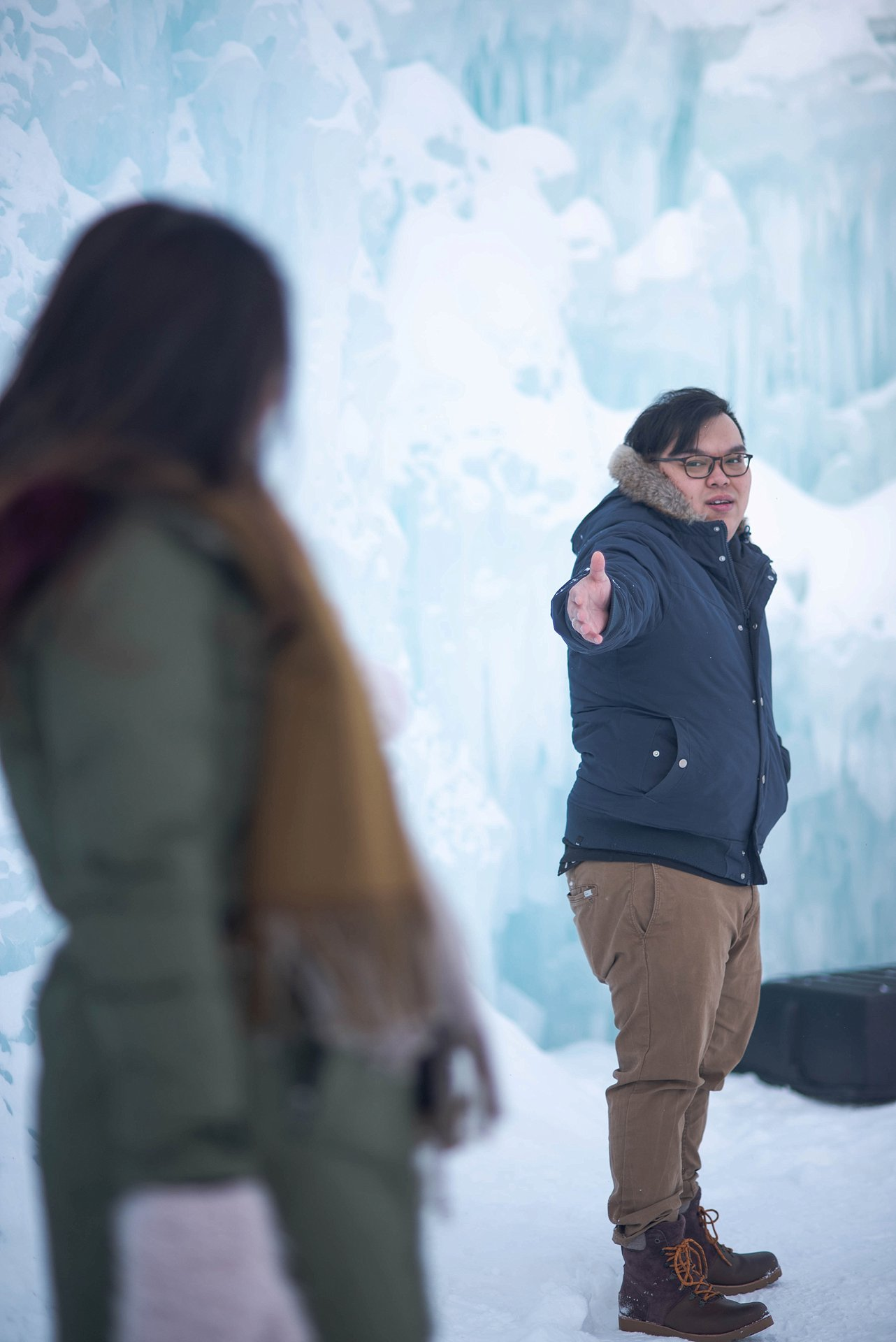 VJ-Ice-castles-engagement-photography_0003