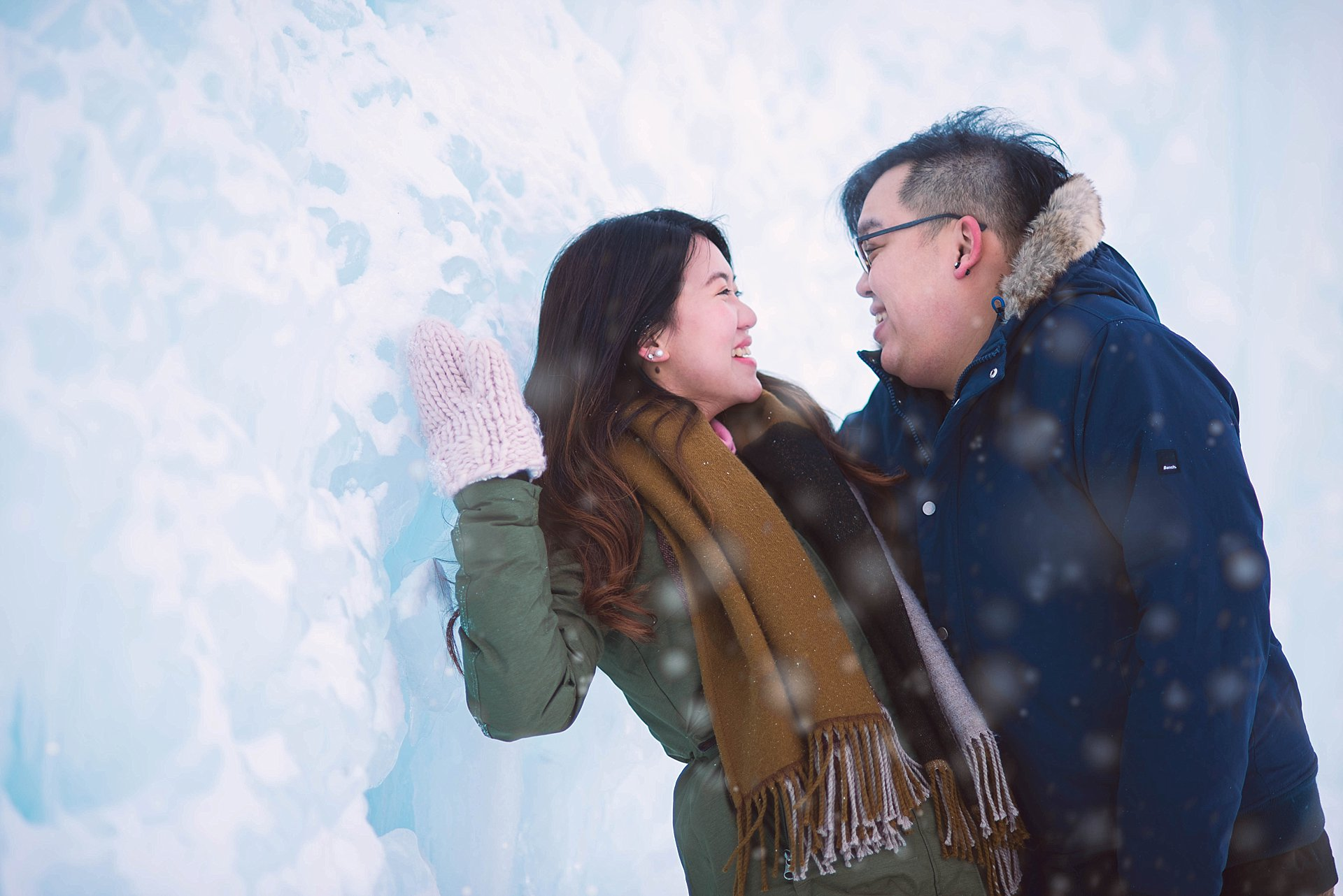 VJ-Ice-castles-engagement-photography_0005