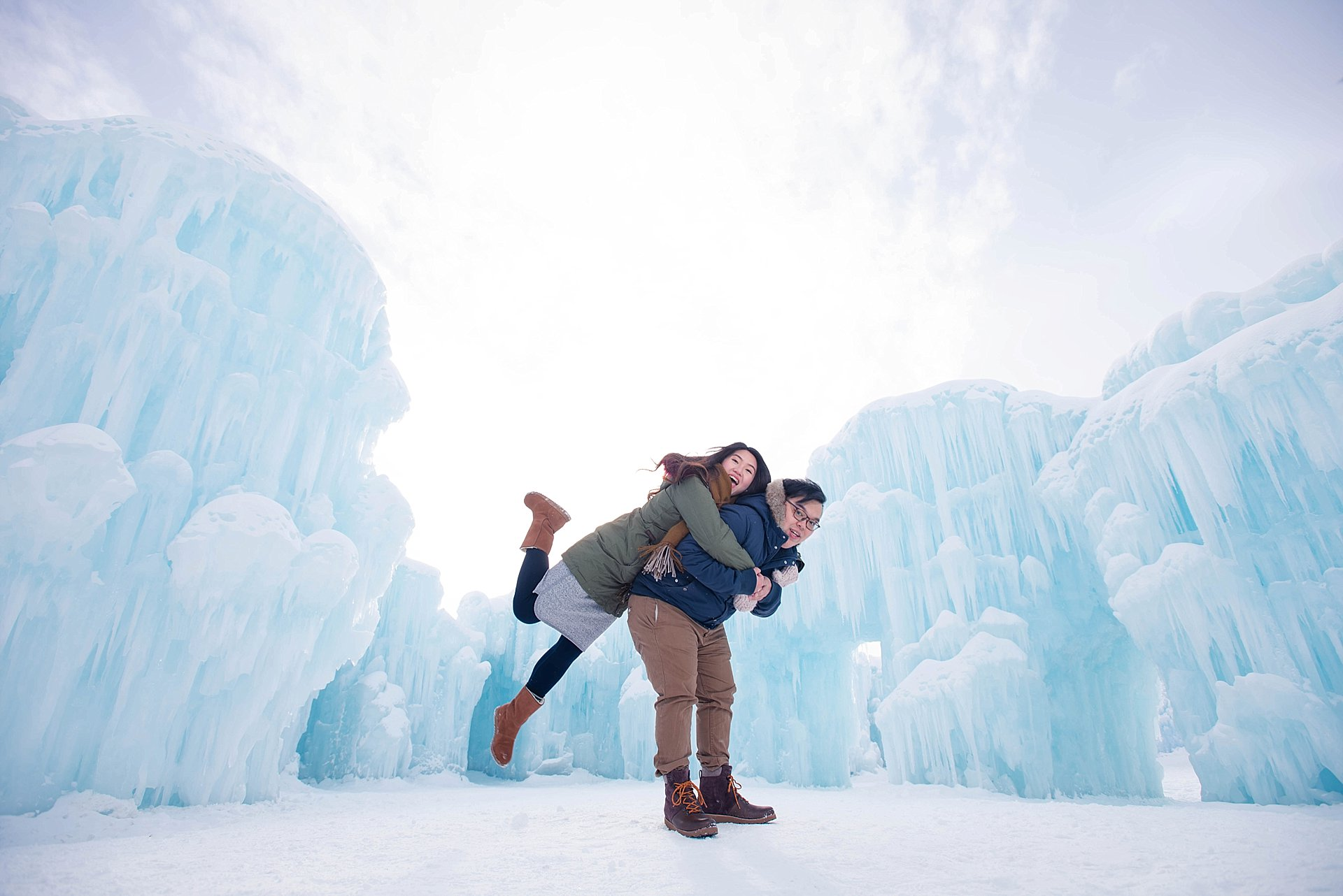 VJ-Ice-castles-engagement-photography_0009