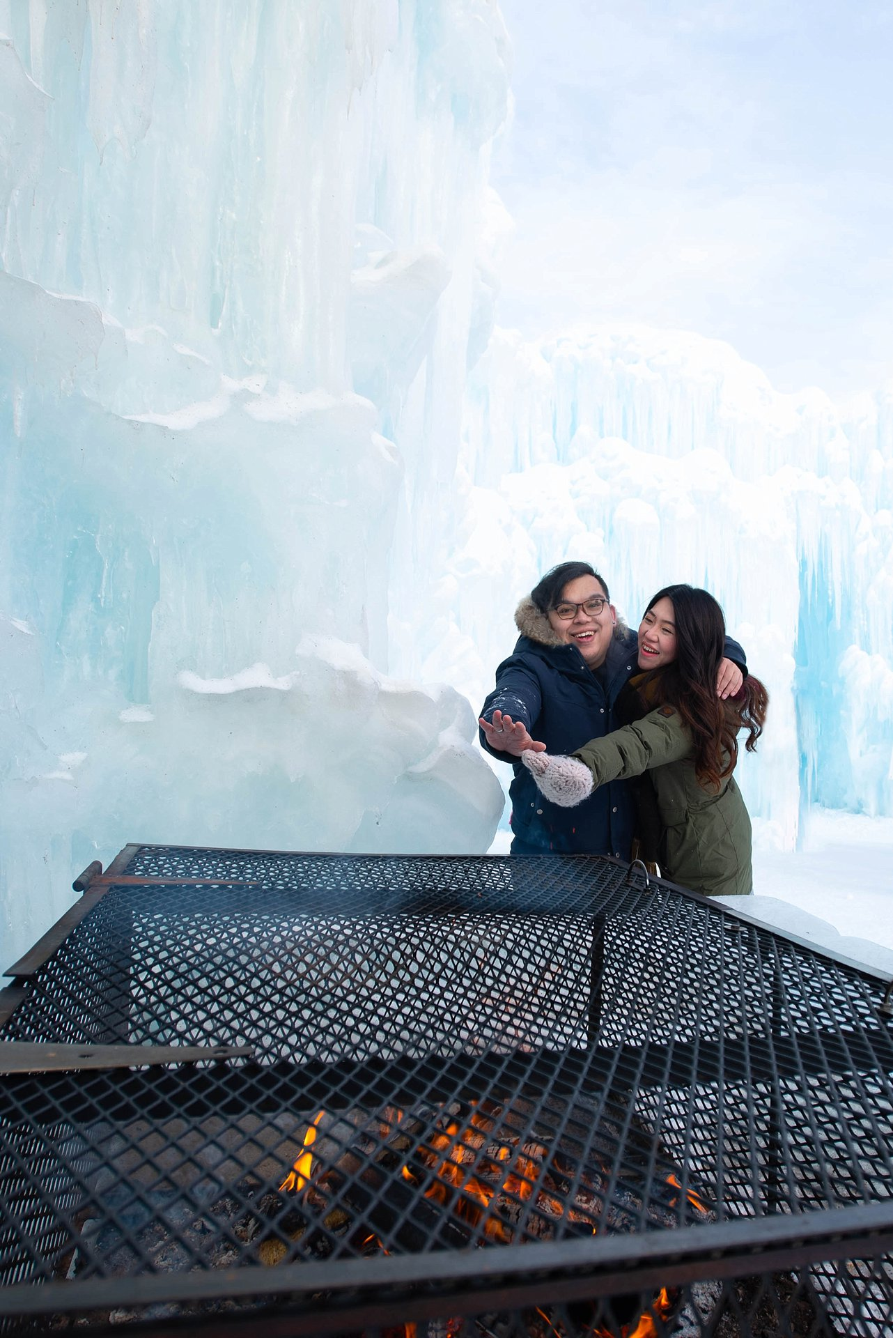 VJ-Ice-castles-engagement-photography_0012