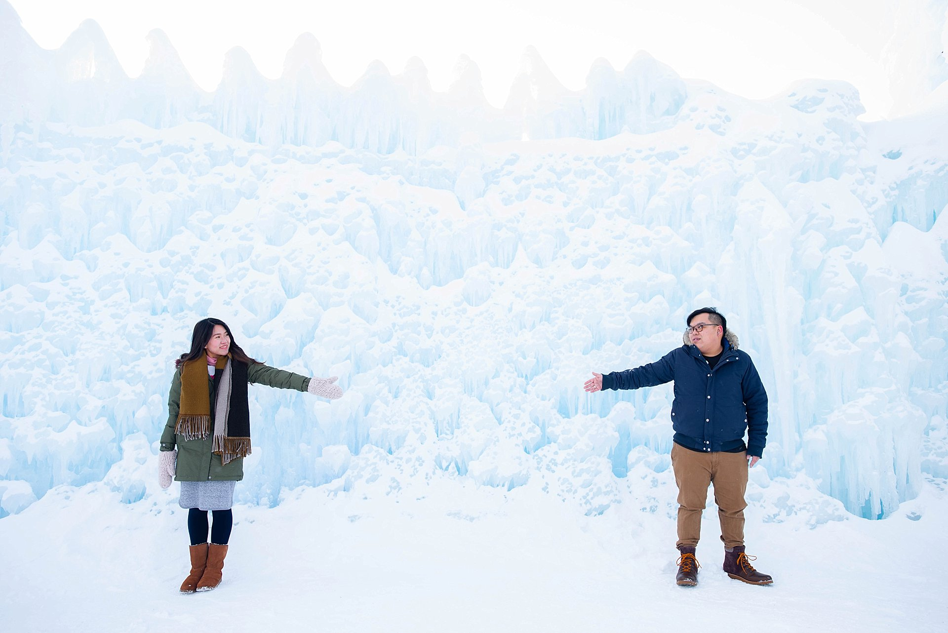 VJ-Ice-castles-engagement-photography_0014