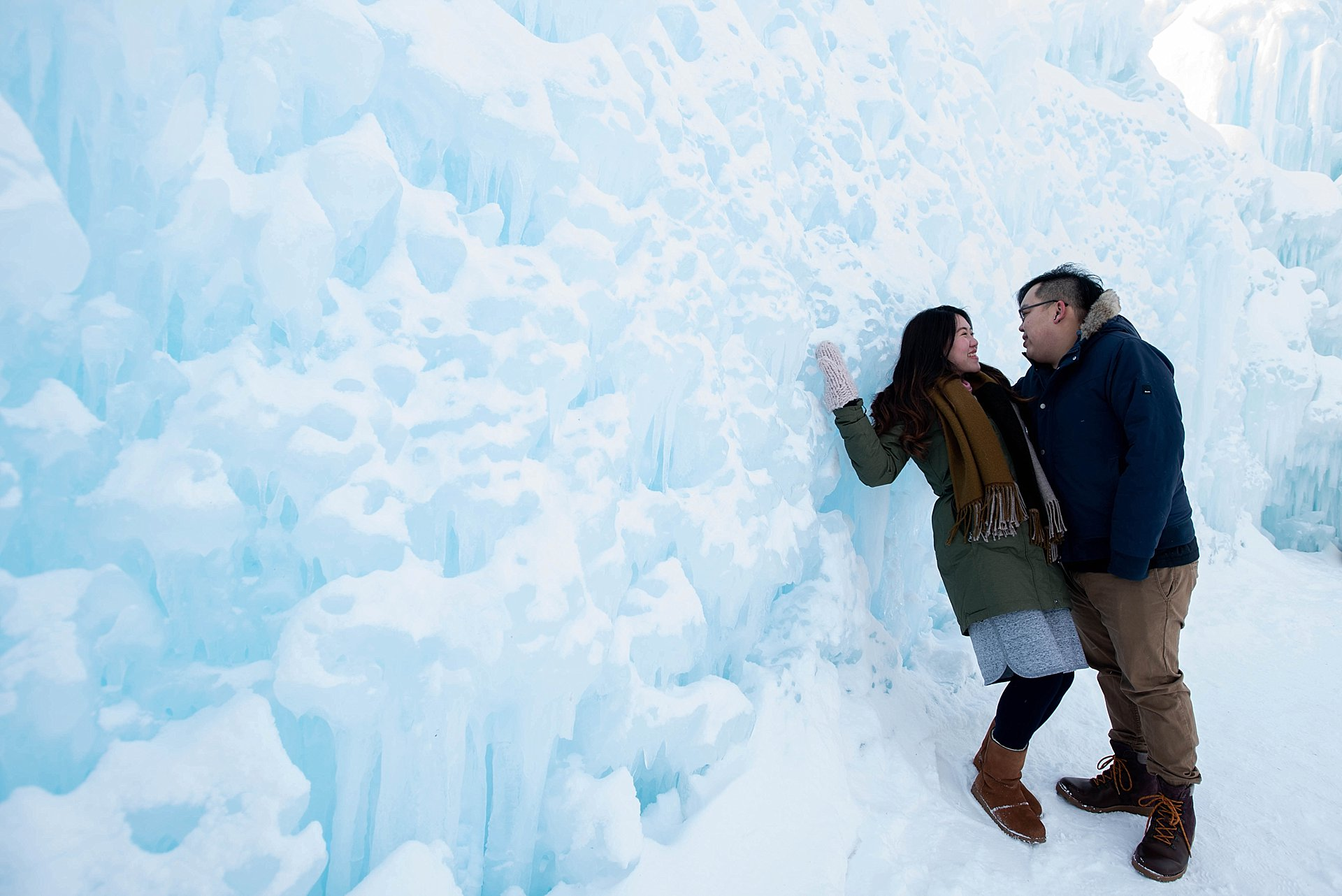 VJ-Ice-castles-engagement-photography_0015