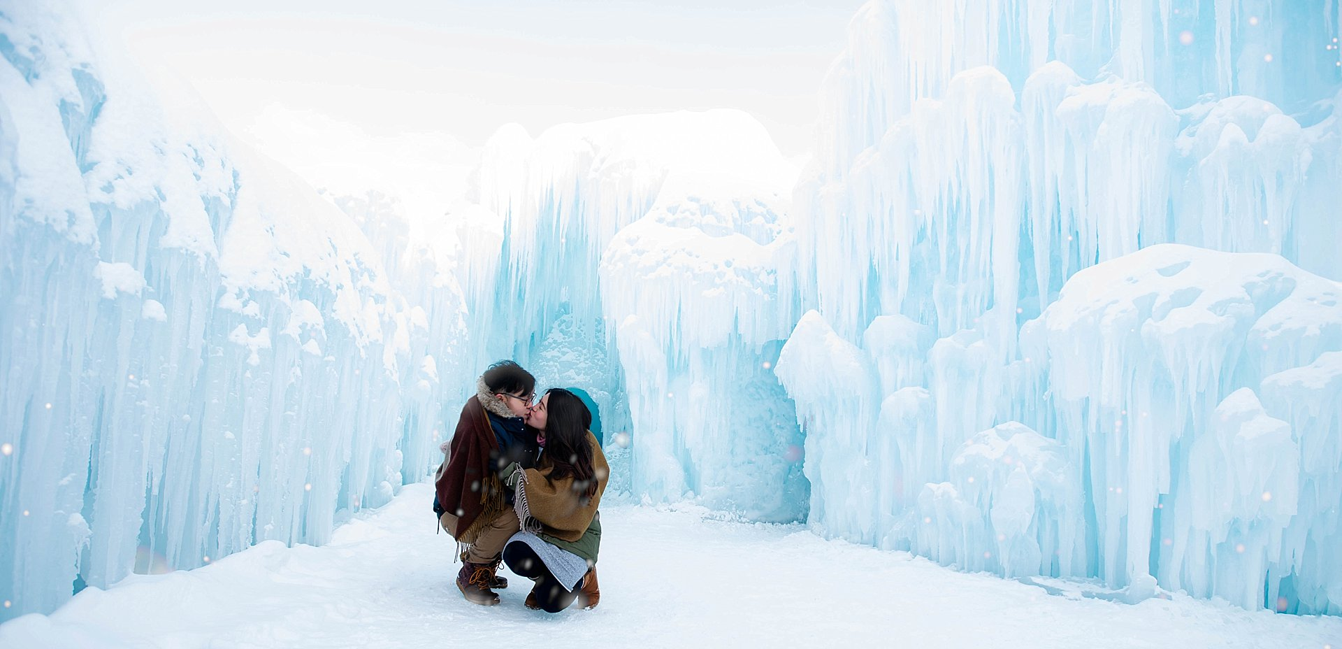 VJ-Ice-castles-engagement-photography_0016