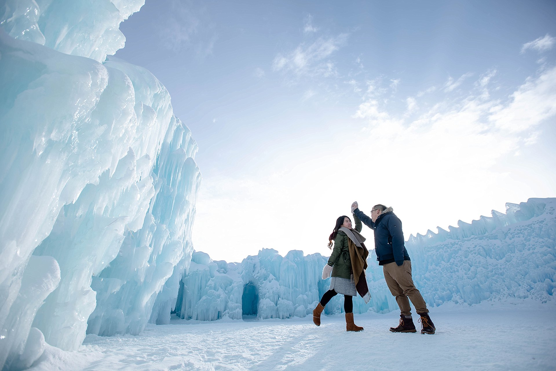 VJ-Ice-castles-engagement-photography_0017
