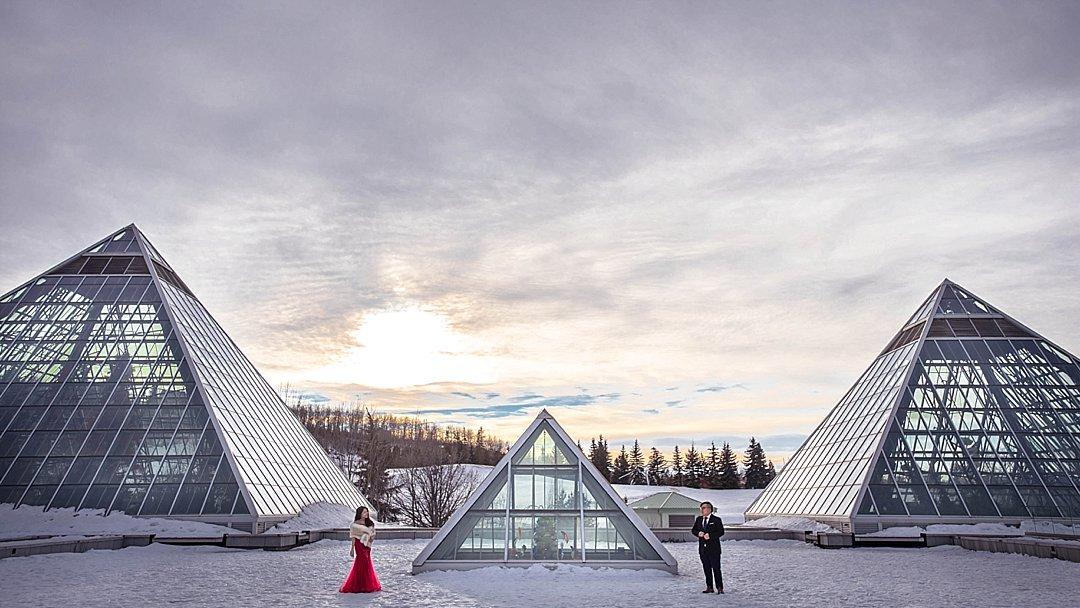 VJ-muttart-winter-engagement-pre-wedding-_0012