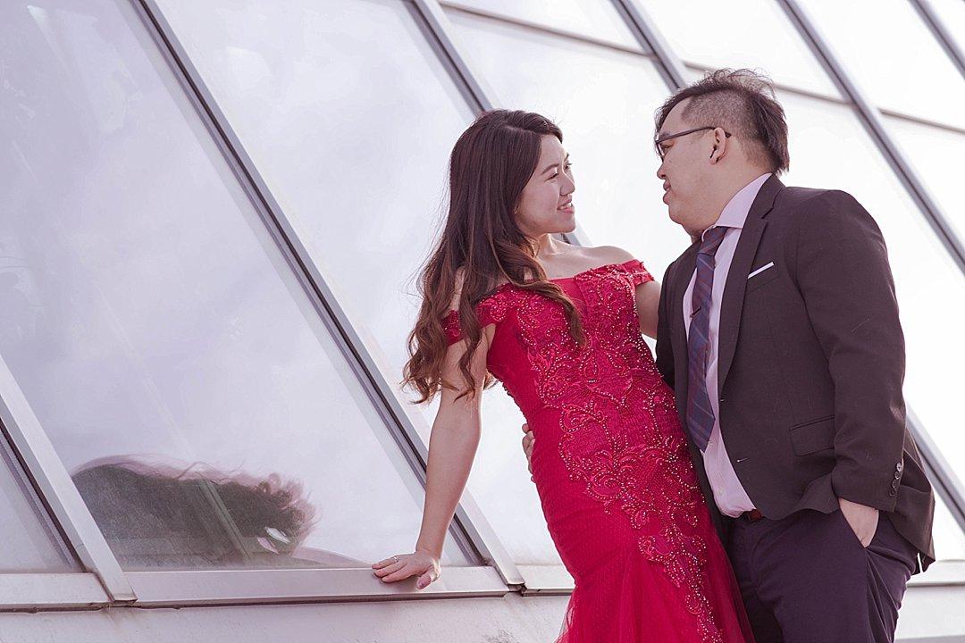 VJ-muttart-winter-engagement-pre-wedding-_0018