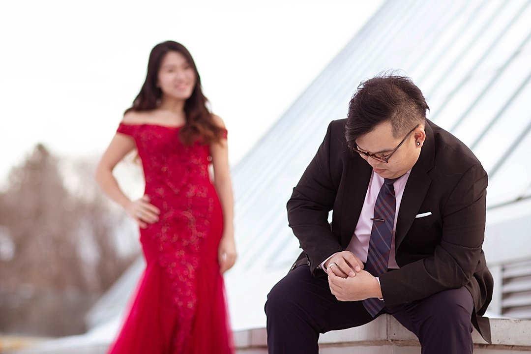 VJ-muttart-winter-engagement-pre-wedding-_0020