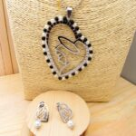 juego plateado perlas cristales negro religiosos