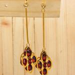 aretes dorado zircones rojo SKU2312