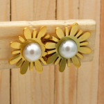 aretes dorado perlas    SKU3652
