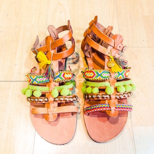 moda accessories handcrafted sandals