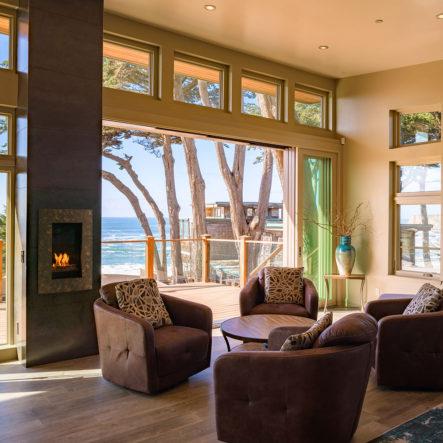 davenport landing bay windows living room