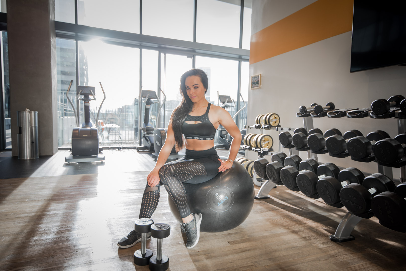 Daniella, Fitness, Platinum Plates, Denver, training, personal trainer, nutrition, stability ball, workout