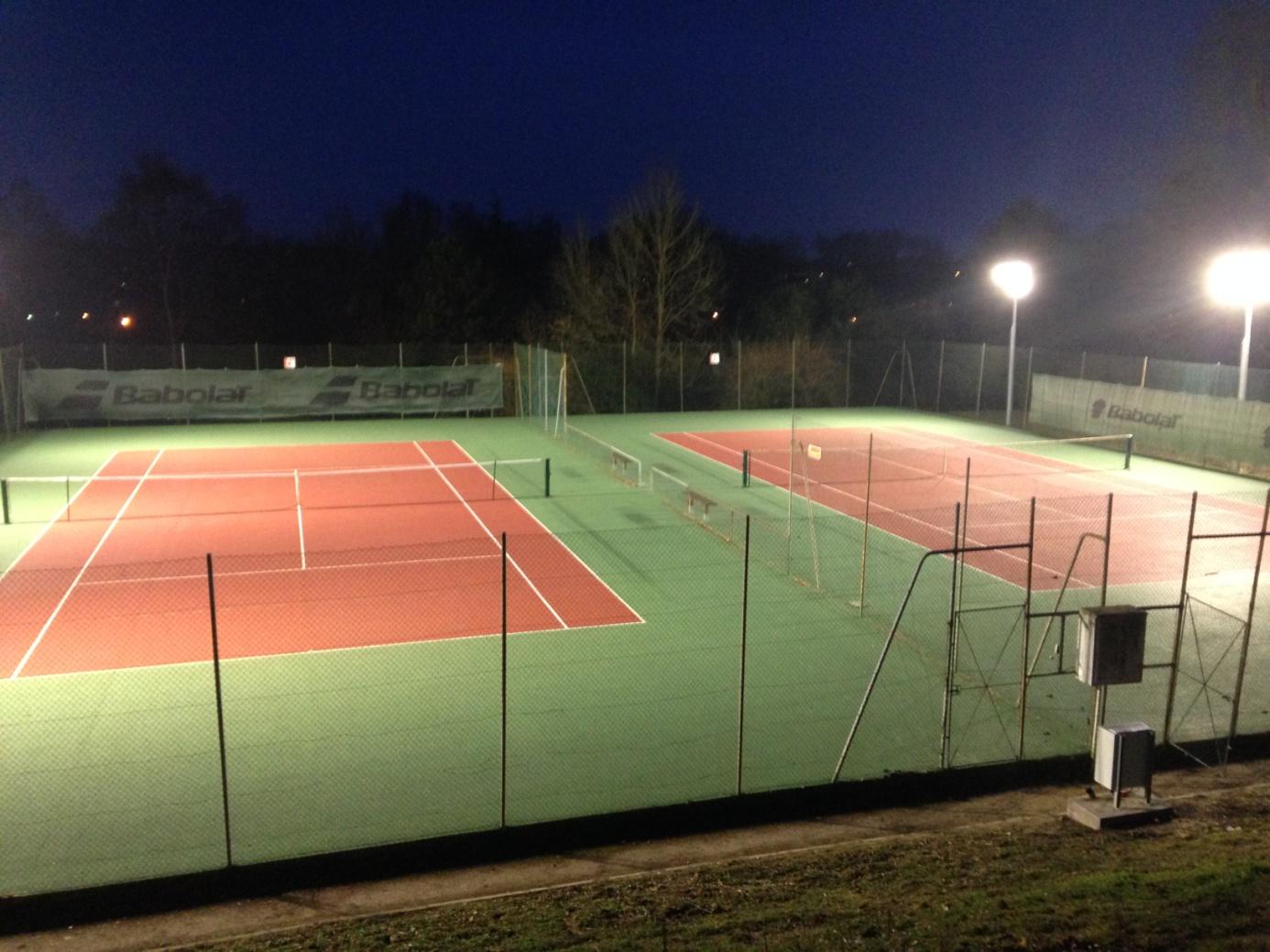 outdoor basketball court lighting