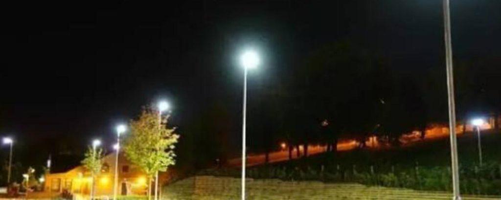 LED parking lot lights for sale