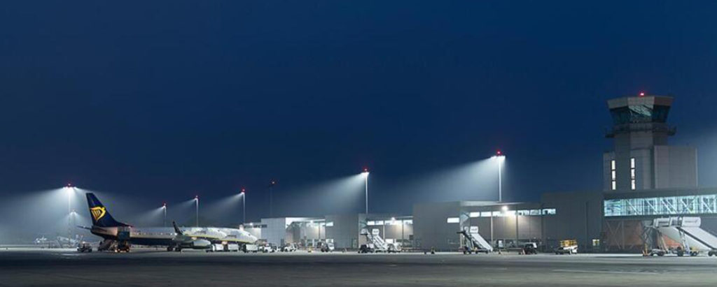 airport runway lighting
