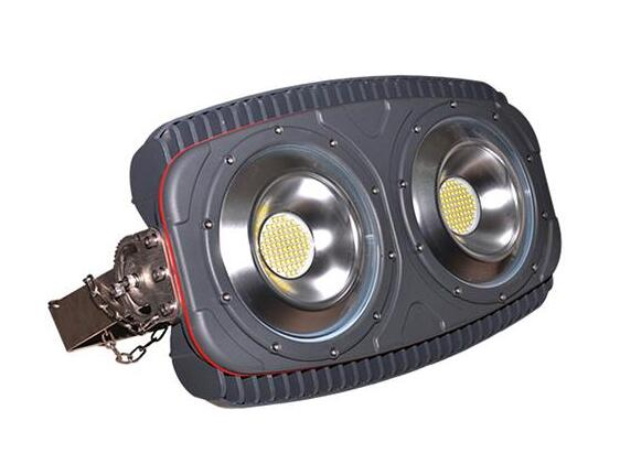 Difference between Wall Washer Light and LED Flood Light