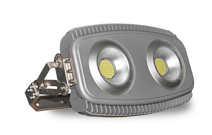 High output LED high mast lighting