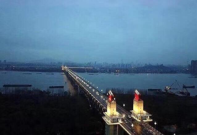 LED bridge lighting