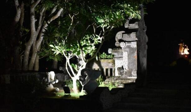 outdoor statue lighting fixtures