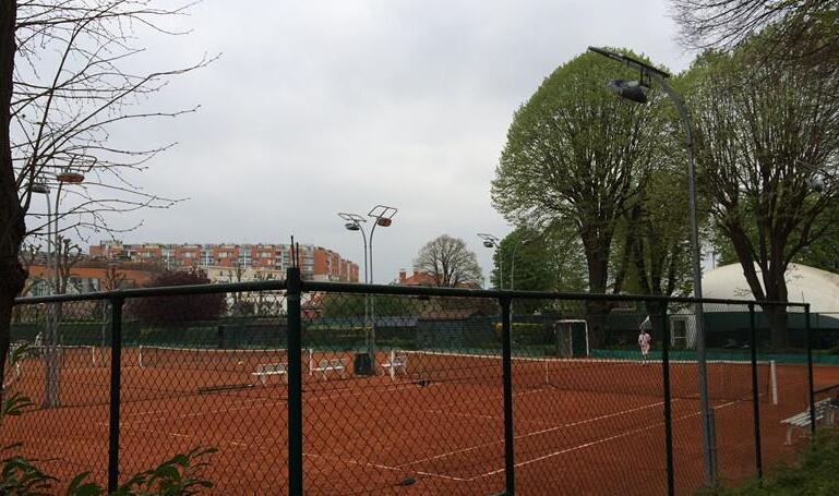 outdoor tennis court lighting