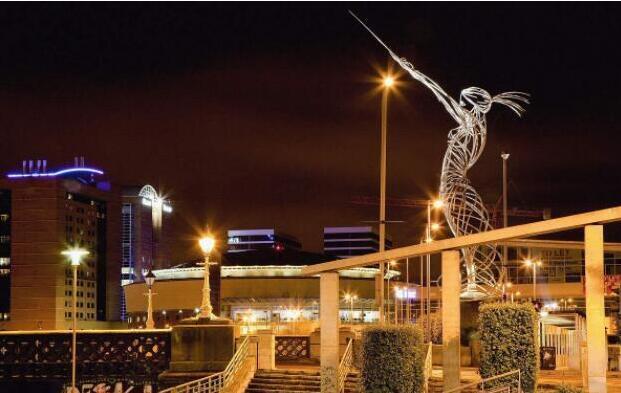 statue lighting design