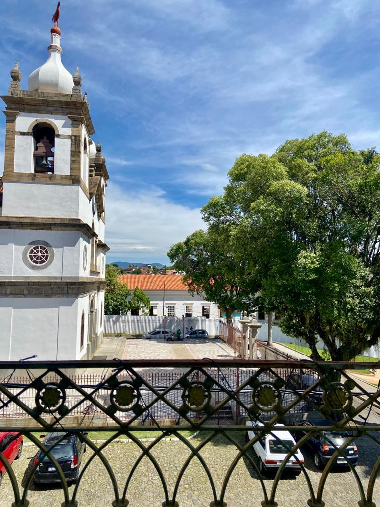 Matriz e Vila de Vassouras vistos das janelas do Palacete Barão do Itambé