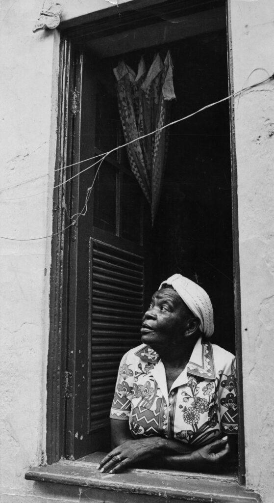 Nascida em Valença, há 120 anos, Clementina de Jesus é arte e raiz para todo o Vale do Café; leia a reportagem no nosso blog | Foto: Hipólito Pereira/Agência O Globo/20-11-1975
