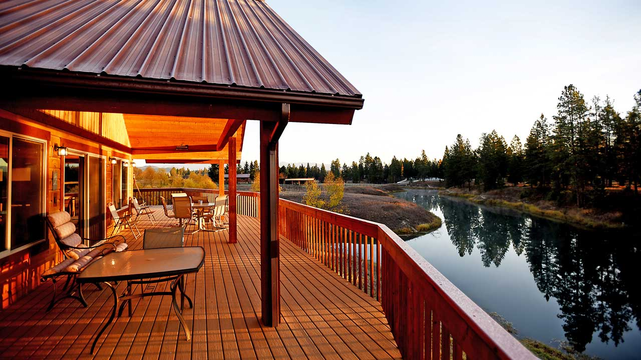 River View Lodge on the River in Whitefish Montana