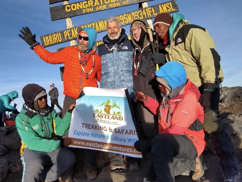 Kilimanjaro Summit, Outddorzlife